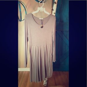 NWOT-Never Worn-12PM by Mon Ami Taupe Pocket Dress